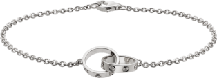 <span class='lovefont'>A </span> bracelet White gold